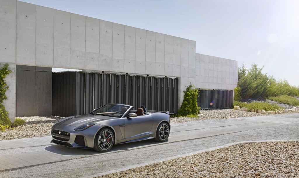 Jag_FTYPE_SVR_Convertible_Location_170216_19_126609