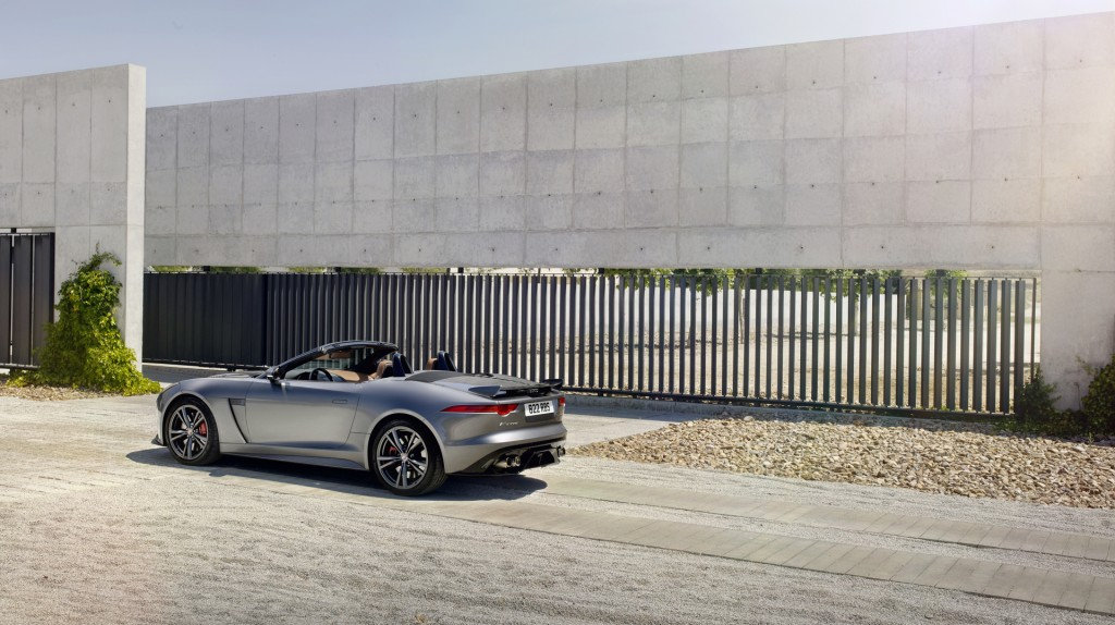 Jag_FTYPE_SVR_Convertible_Location_170216_21_126614