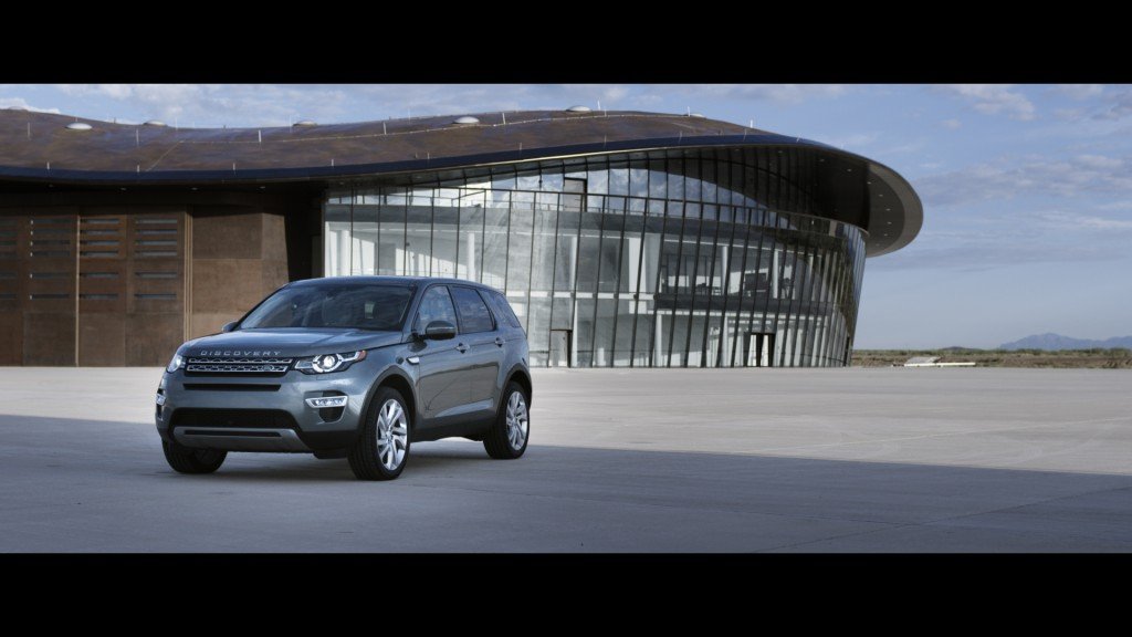 LR_Discovery_Sport_11_93341