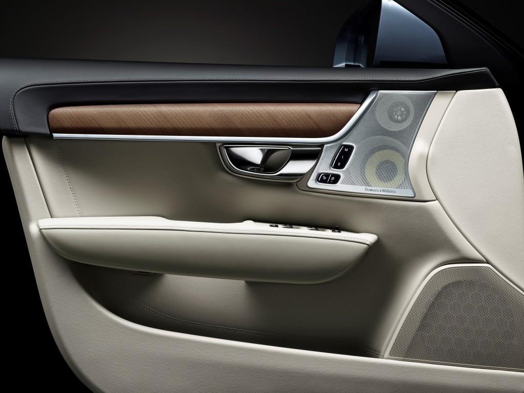 170074_Interior_driver_door_Volvo_S90