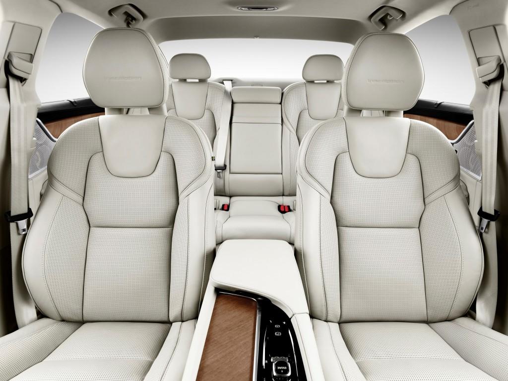 170132_Interior_All_Seats_Volvo_S90
